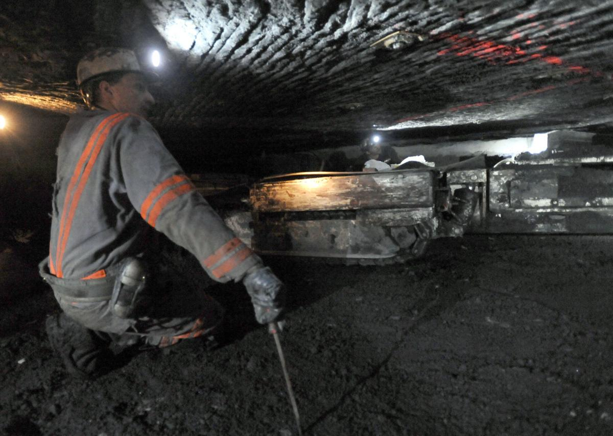 coal mining (copy)