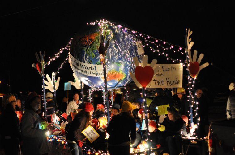Salem Va Christmas Parade 2019 Photos: Salem Montessori School enters float in Salem Christmas