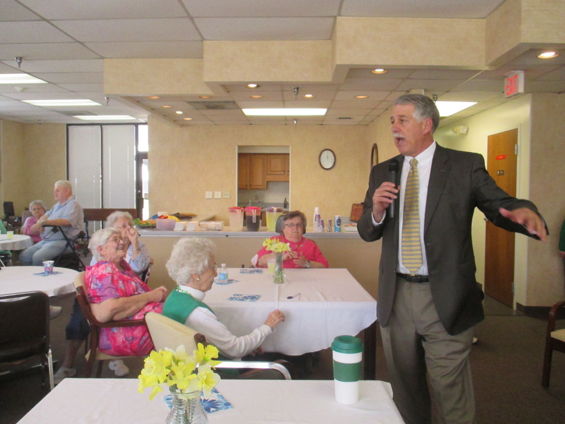 Robin Reed educates Richfield residents about weather
