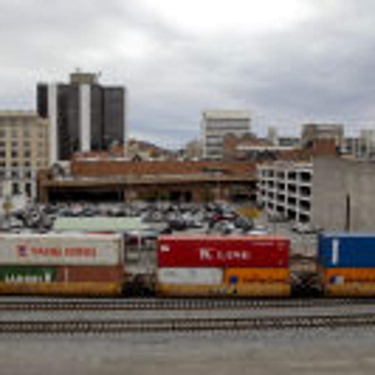 Consultant ponders chance for train-bus center in downtown
