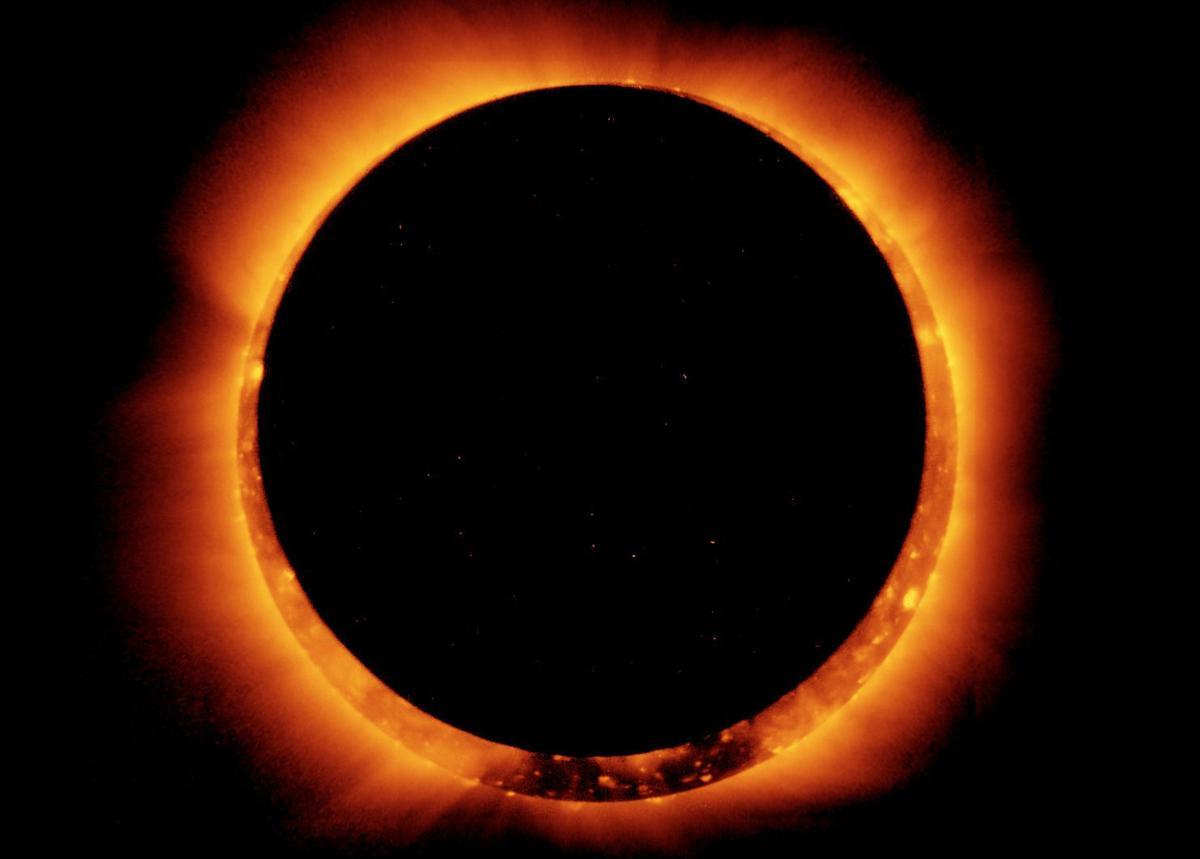 Solar eclipse handout photo