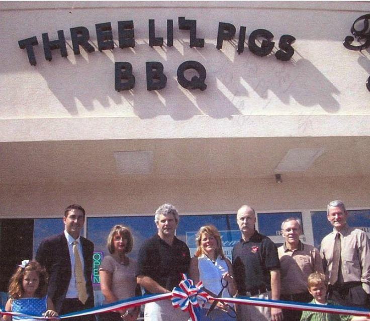 THREE LI'L PIGS BBQ