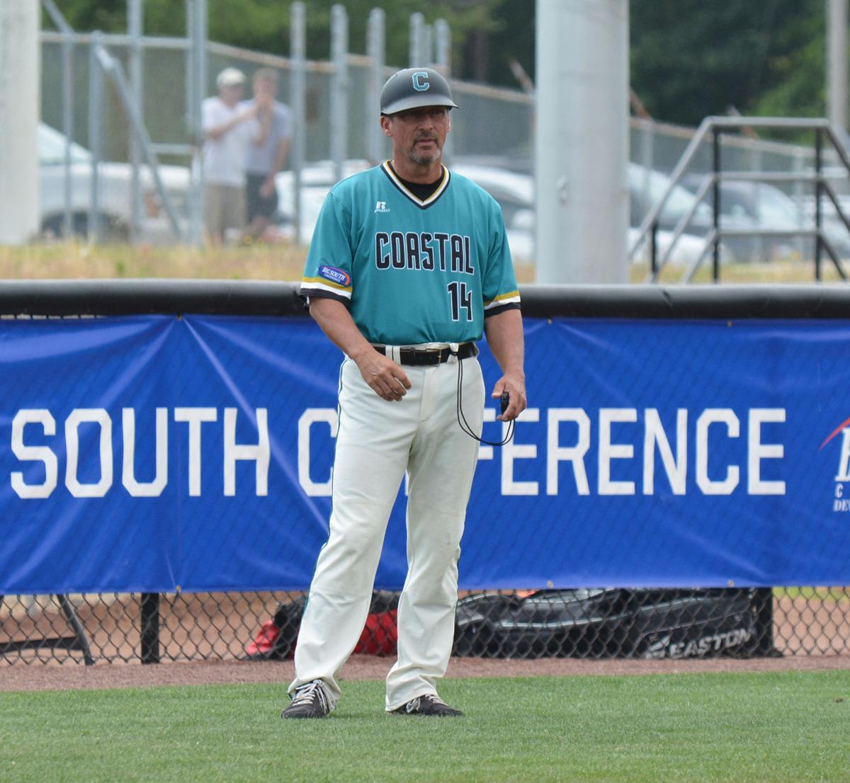 Gary Gilmore steers Coastal Carolina to Omaha | College