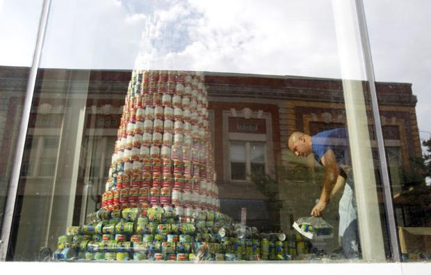 Taubman Museum of Art food drive has a can-do attitude ...