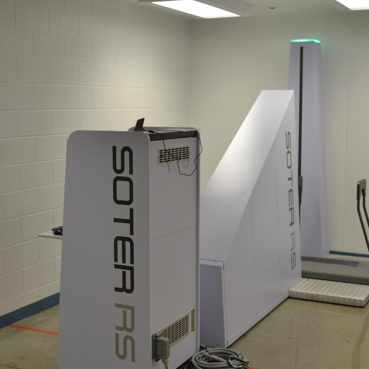 Regional jail rolls out new X-ray body scanner | Crime