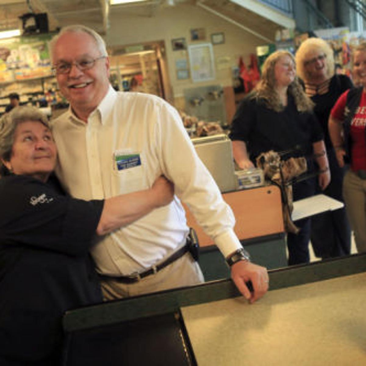 Kroger Christiansburg Va >> Manager Says Goodbye After 45 Years With Kroger New River
