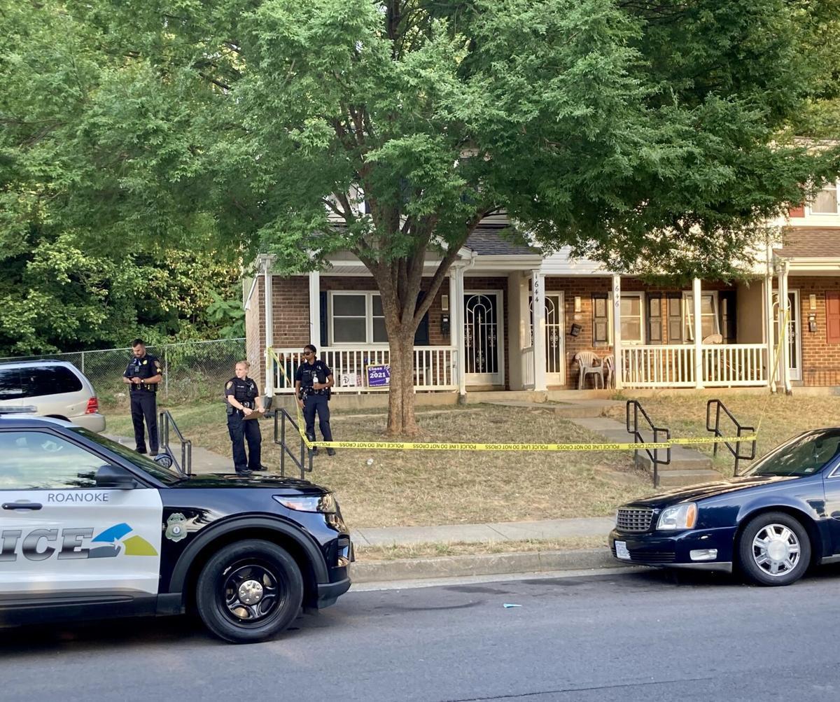 Roanoke police investigate shooting of boy