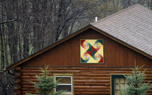 See Roadside Gems In Barn Quilts Of Highland County Tour