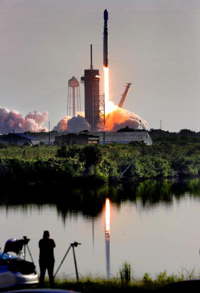 US-NEWS-SPACEX-LAUNCH-1-OS