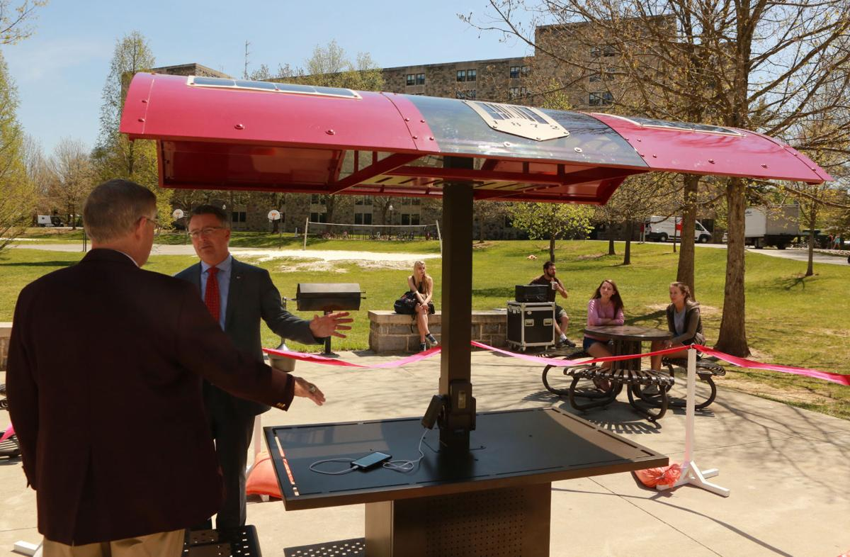 A Picnic Table Of A Different Kind At Virginia Tech Virginia Tech - Solar picnic table