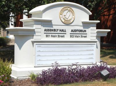 Rockdale County Assembly Hall 3.jpg