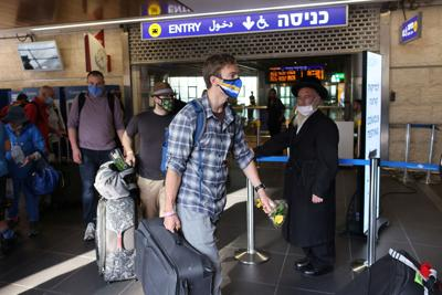 Israel will reopen to small groups of tourists