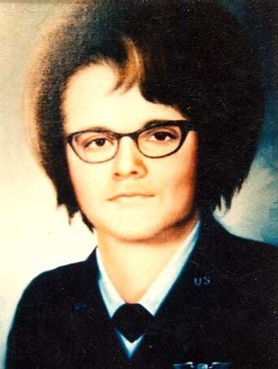 A Veteran's Story: Honor the women who made the ulitmate sacrifice