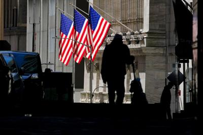 Stocks sink on dashed hopes for stimulus