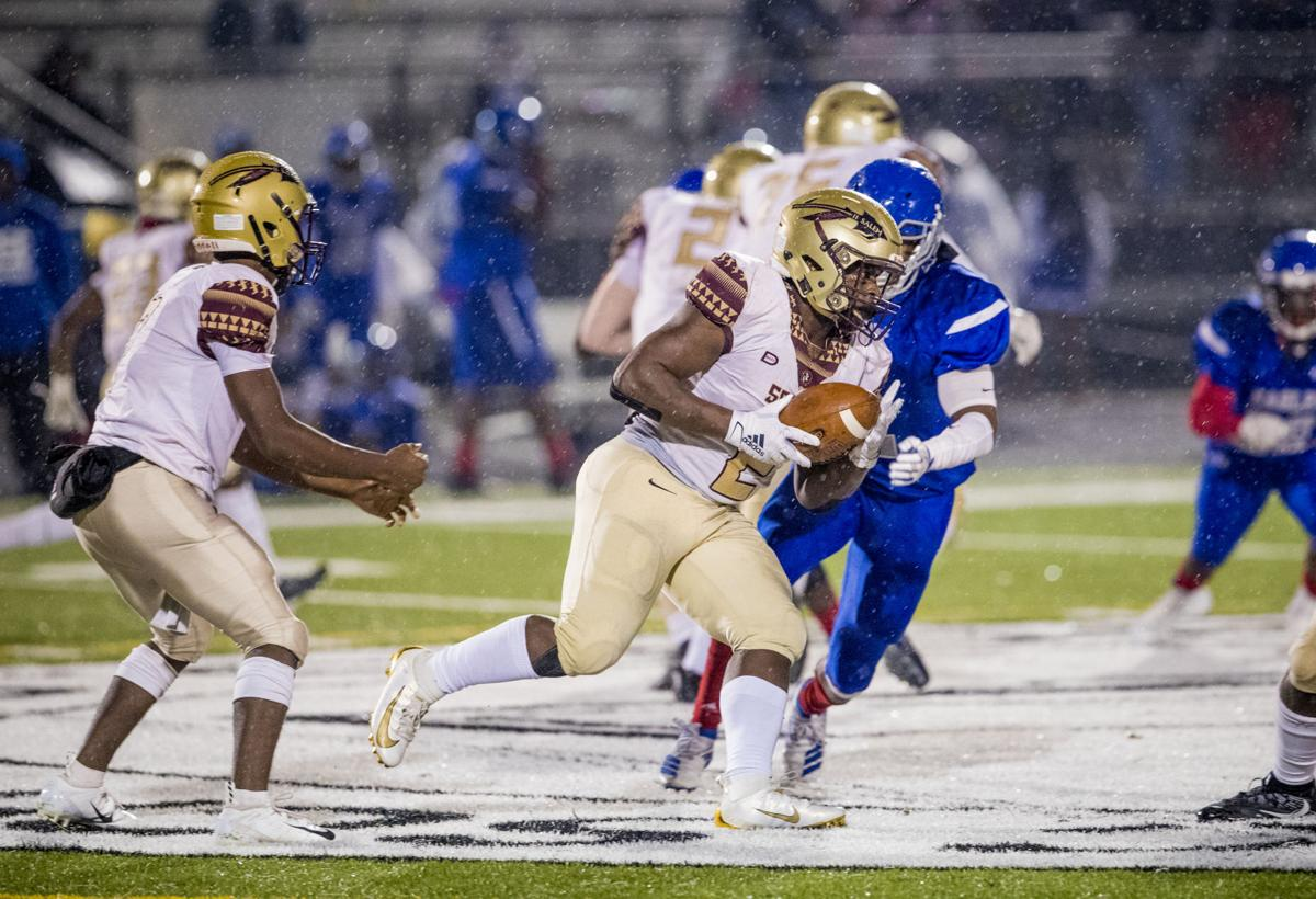 Salem's Willis Sheppard races up field against North Clayton