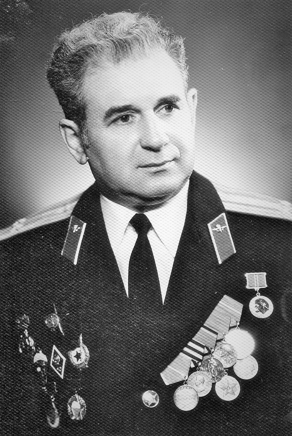 A VETERAN'S STORY: The colonel and communism