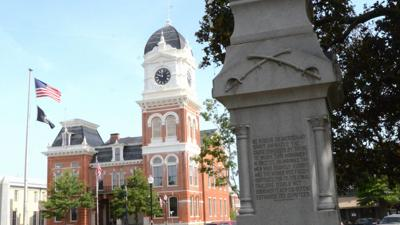 Injunction issued to stop removal of Confederate monument on Covington Square