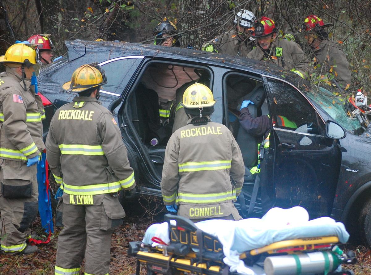 Cars overturn in accident on Flat Shoals Road