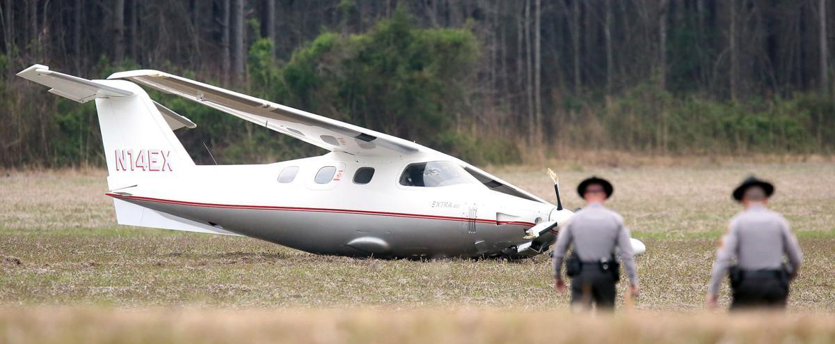 031118Plane-Crash2.jpg