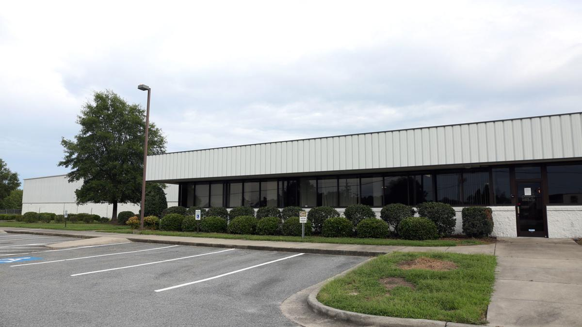 Tarboro boat builder to expand in Greenville