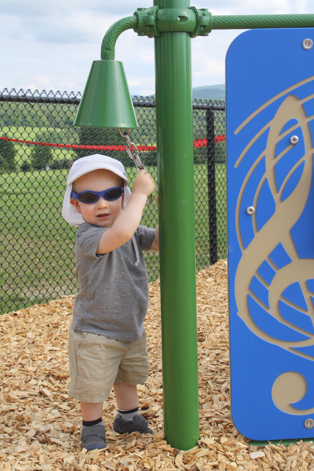 Playing around in Fairfield: School has new playground thanks to community