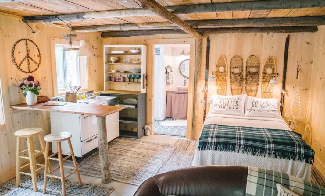 Monkton Barn Airbnb.JPG