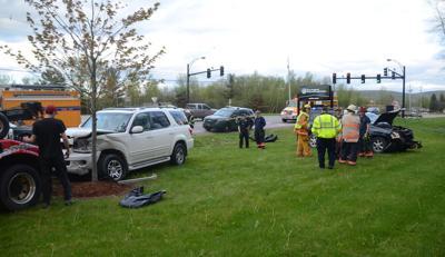 Police: Fleeing suspect causes crash