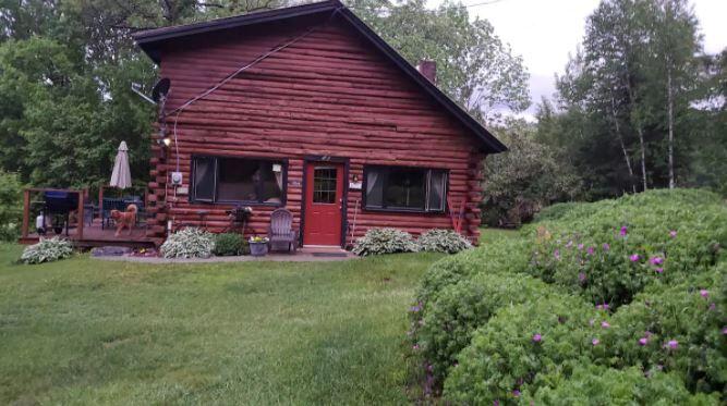 Wheelock cottage2.JPG