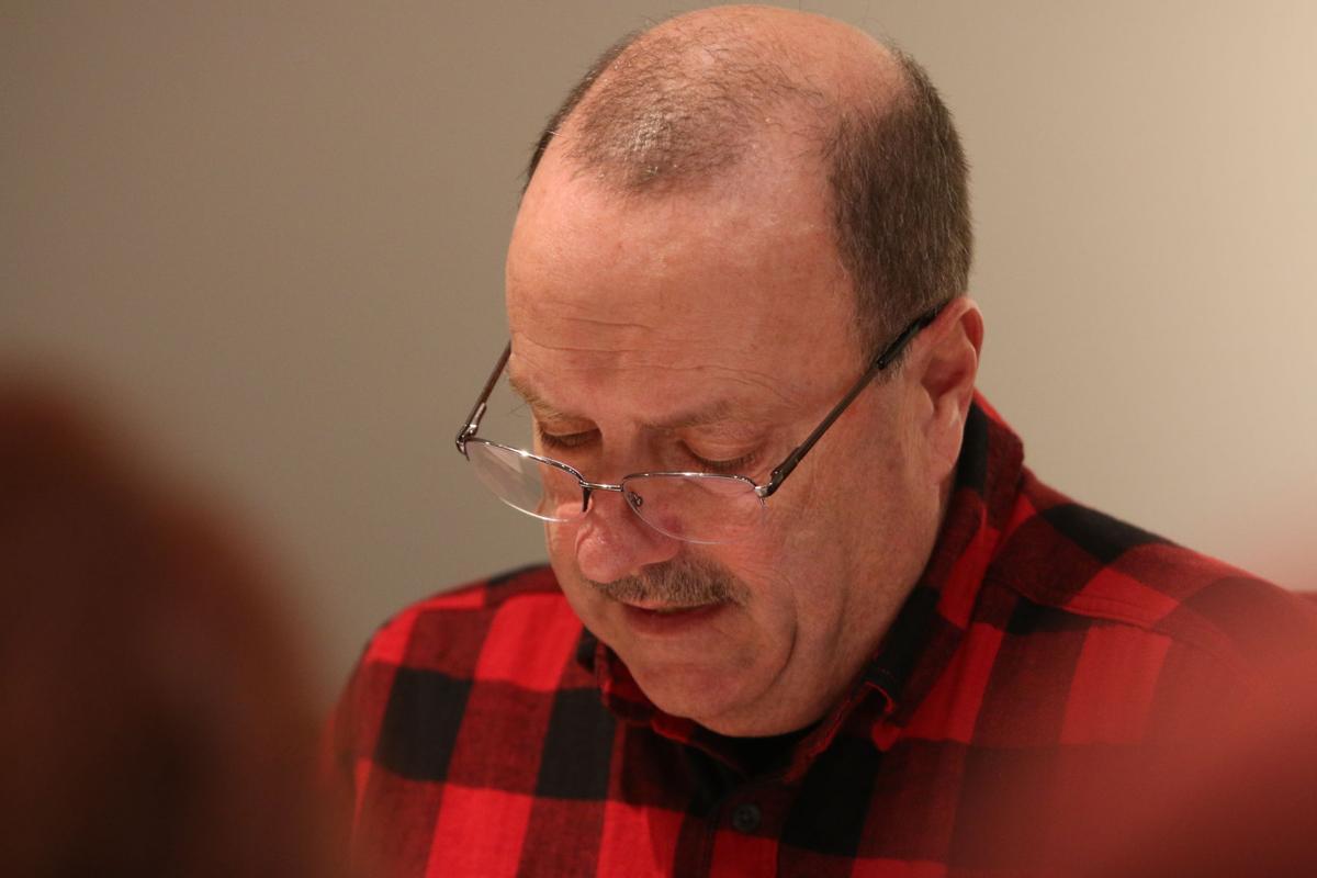 Selectperson Clark