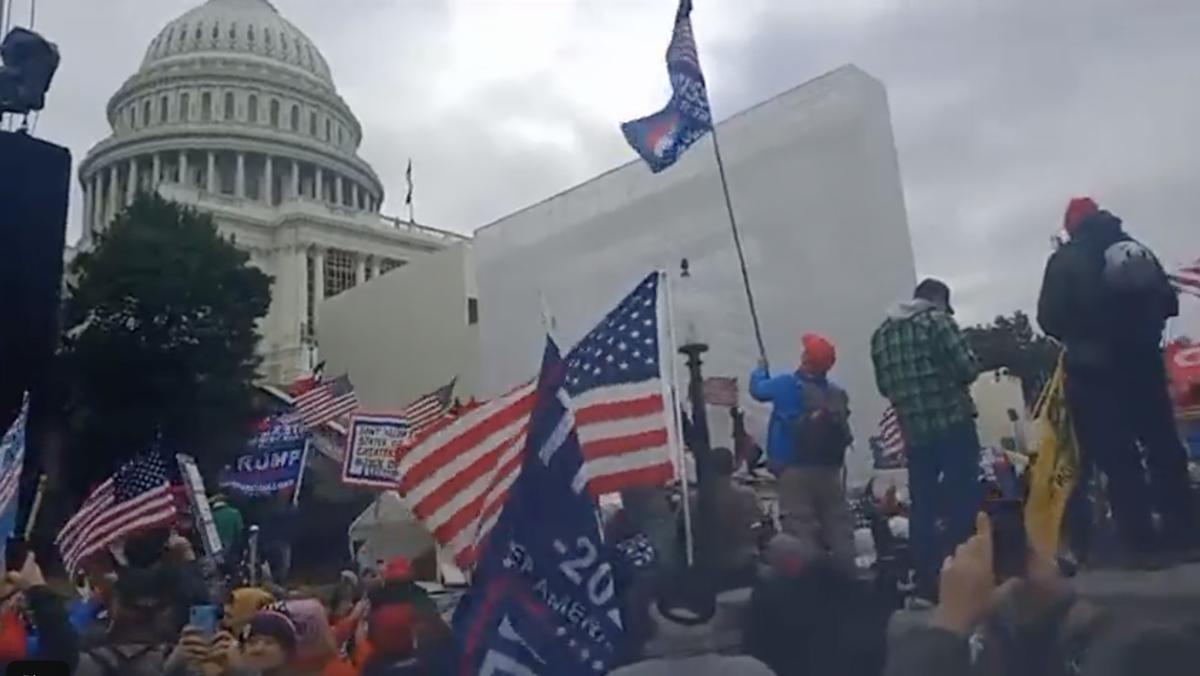 Wasington DC Capitol Building protest 1/6/2021