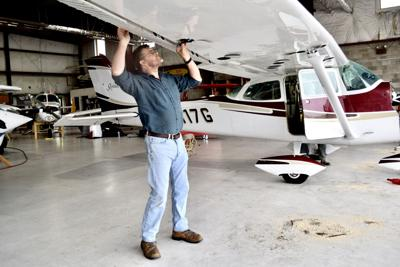 Cliff Coy with a Cessna 172.JPG