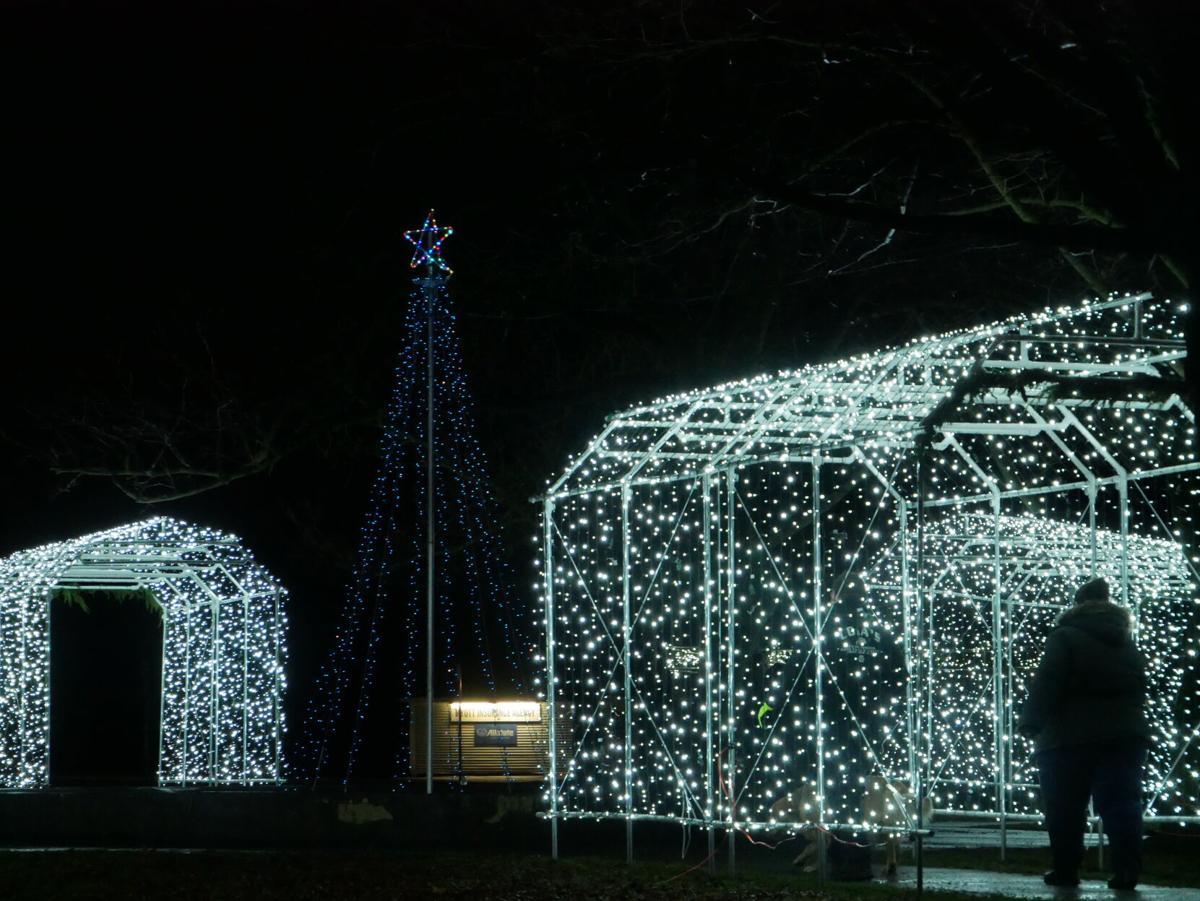 Lincoln Park, Enosburg Falls, holiday lights, 11-28-2020