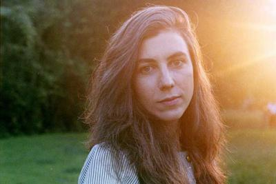 Julia Holter Is a Builder of Worlds