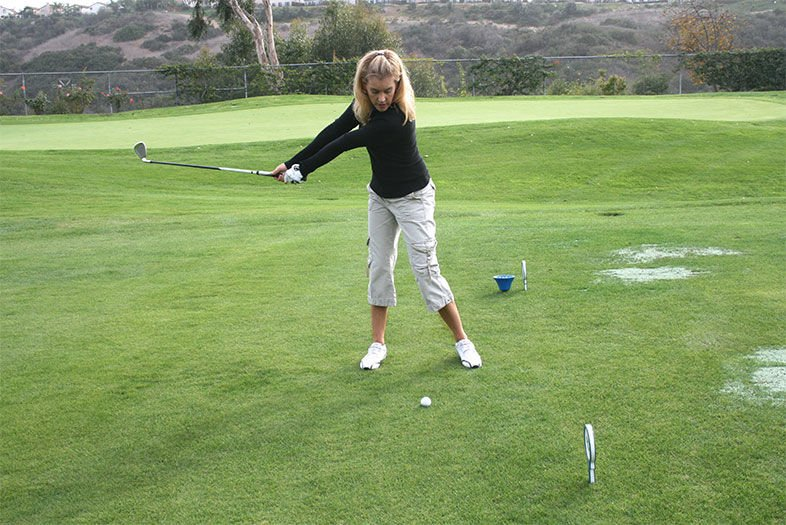 Golf Tip: Pass The Club Drill