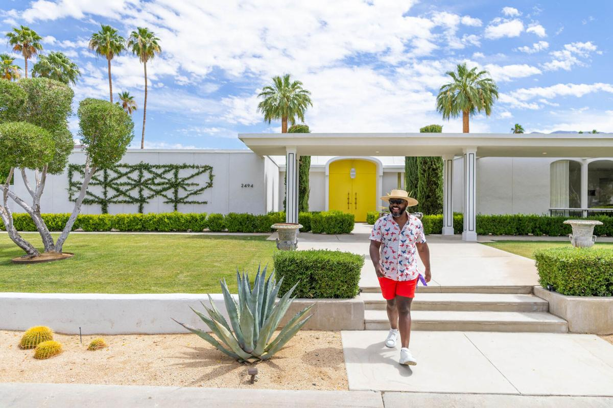 Palm Springs - outside