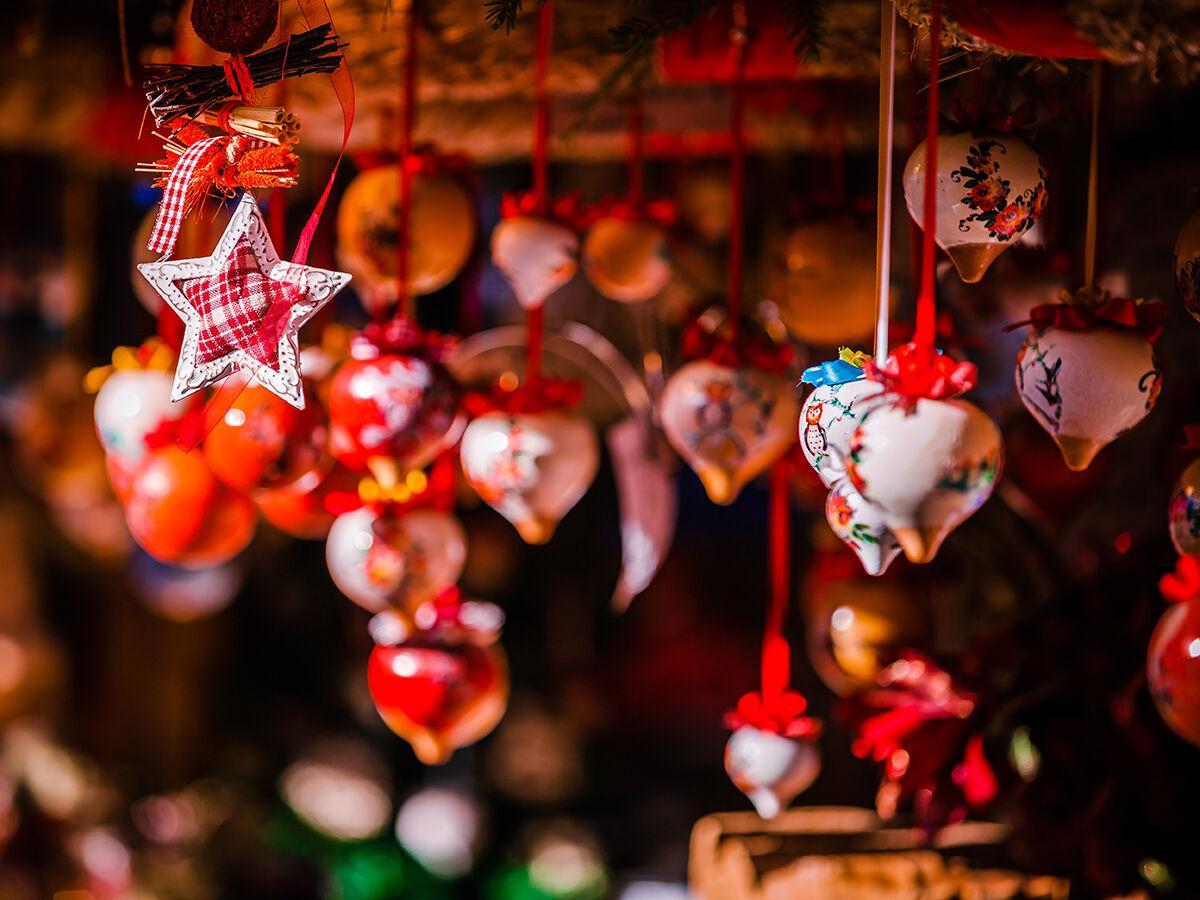Holiday Guide / Holiday Market at Petco Park