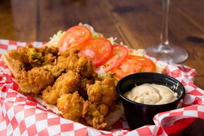 Pete's Oyster PoBoy