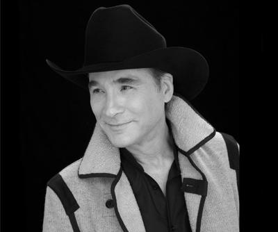 The Old Globe Stages a Clint Black Christmas