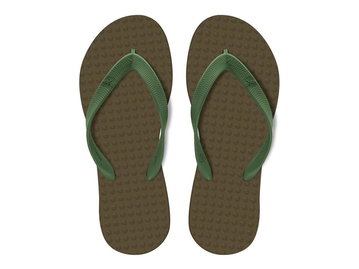 Gift Guide Sun Worshippers / Joe Skoby Green Flip Flop Sandals