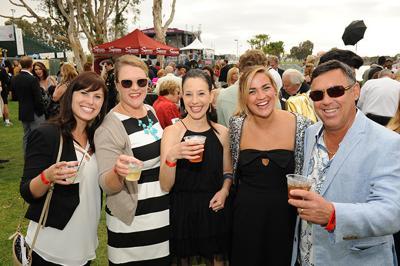 Tux 'n Tennies Summer Bash on the Bay Kicks Off Summer Pops 2015