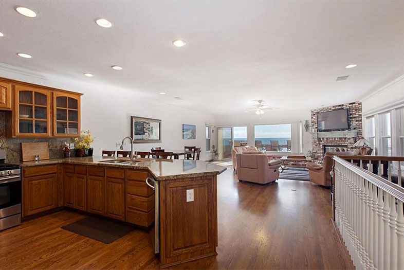 3 Famous Homes for Sale in San Diego