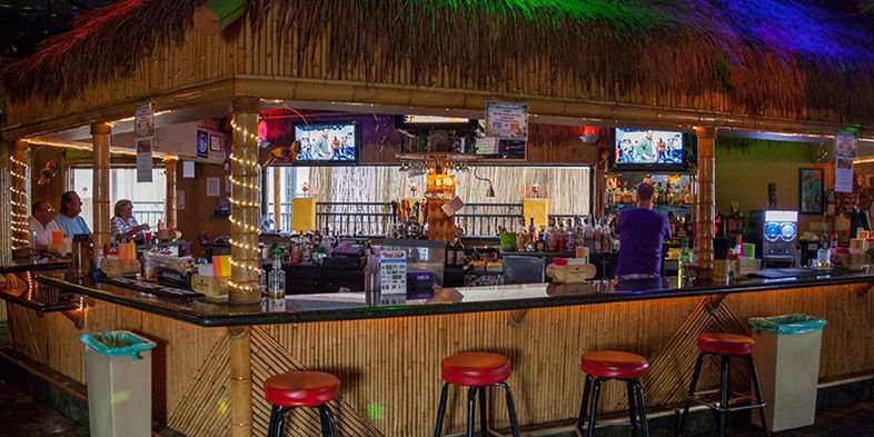 4 Tiki Bars to Try in Palm Springs