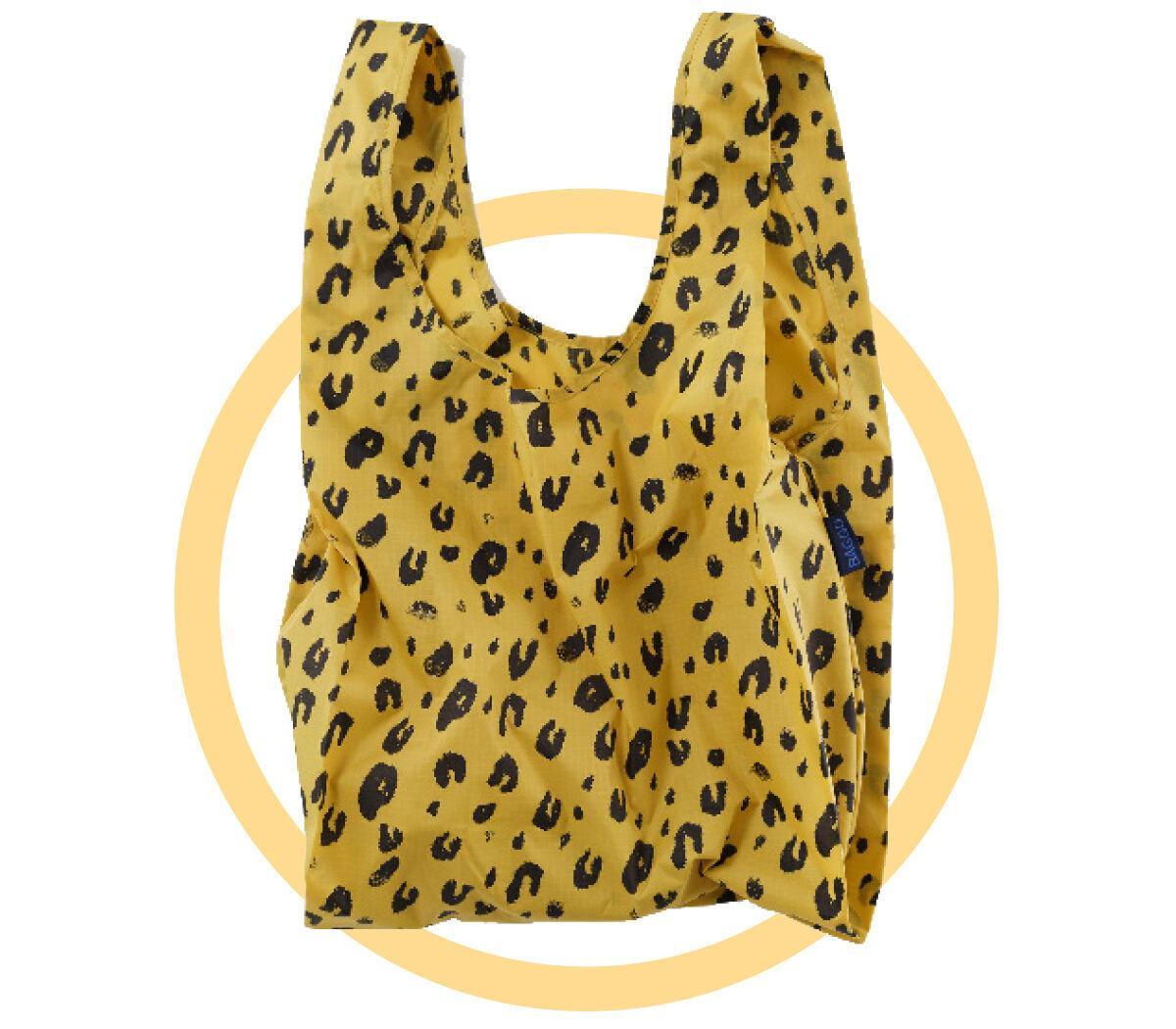 Sustainable Swaps / Baggu bag