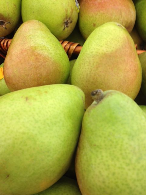 Local Bounty: Four Pears to Buy