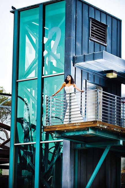 2011 SpringSummer EW - Gowns Feature