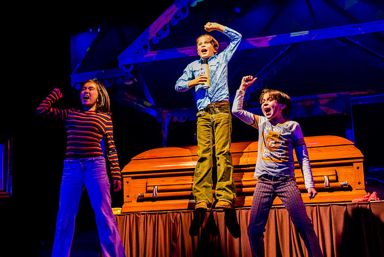San Diego Rep's Tragicomic 'Fun Home' is Growing Up at Its Most Awkward and Beautiful