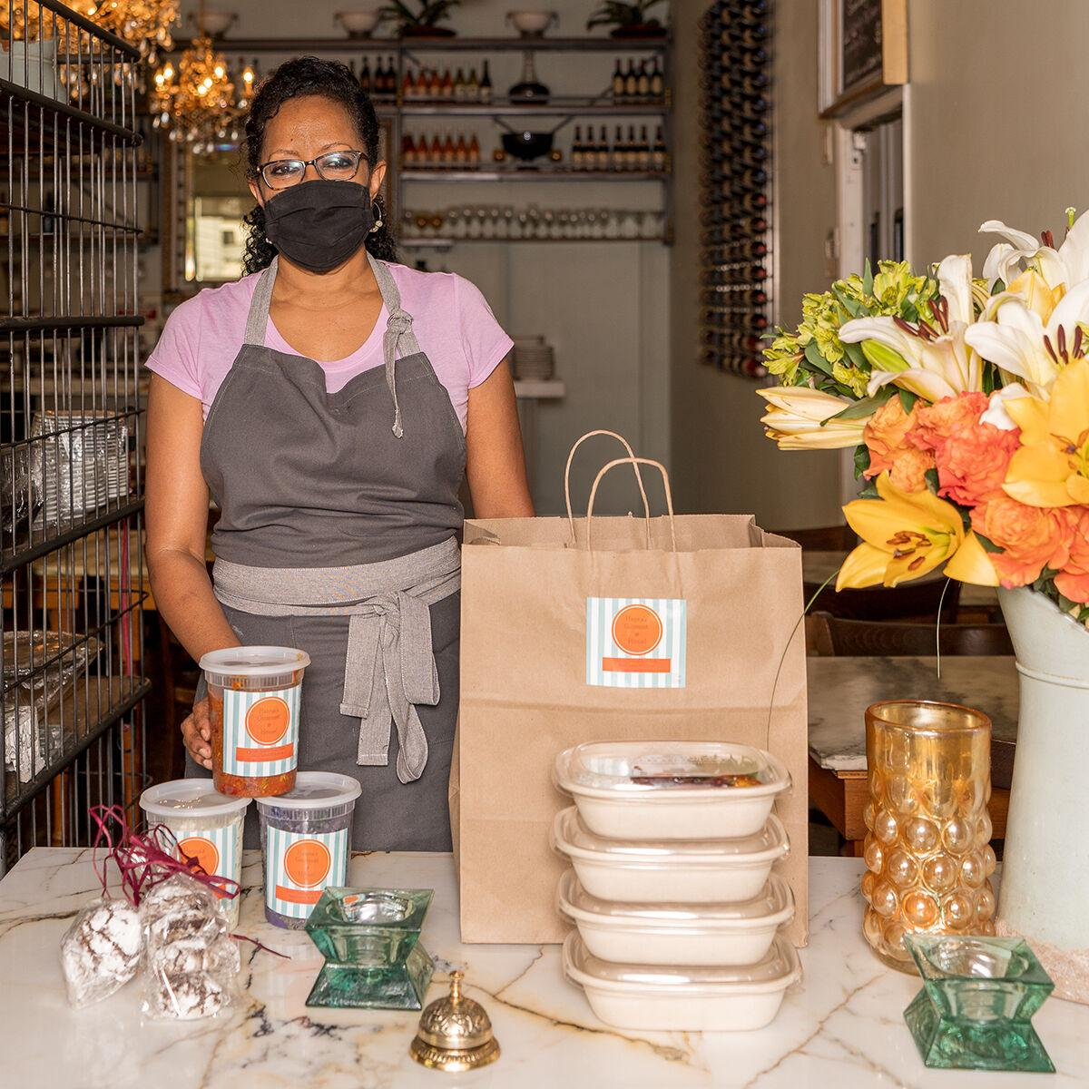 Kitchen Case Studies / Hanna's Gourmet Hanna Tesfamichael