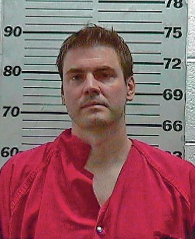 Santa Fe swindler resentenced to weekends in custody for one year
