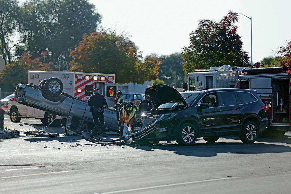 Crash snarls traffic near north side Santa Fe intersection