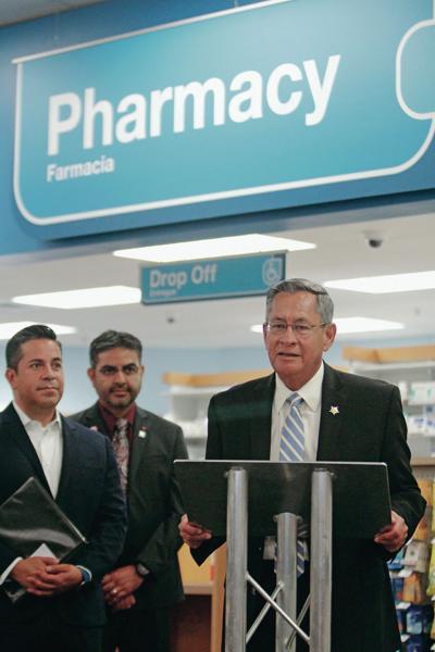 santa fe county sheriff backs wider use of overdose antidote